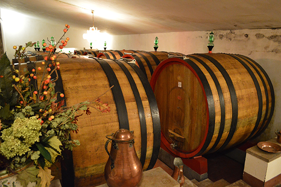 wine tasting brunello montalcino tuscany
