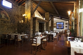 Christmas in Montalcino? The Taverna dei Barbi is open Christmas Eve, Christmas Day, and St. Stephen'sDay