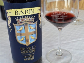 "Brunello 2013: ""A perfect balance of earth, spice and minerality…"" (For your holiday consideration.)"